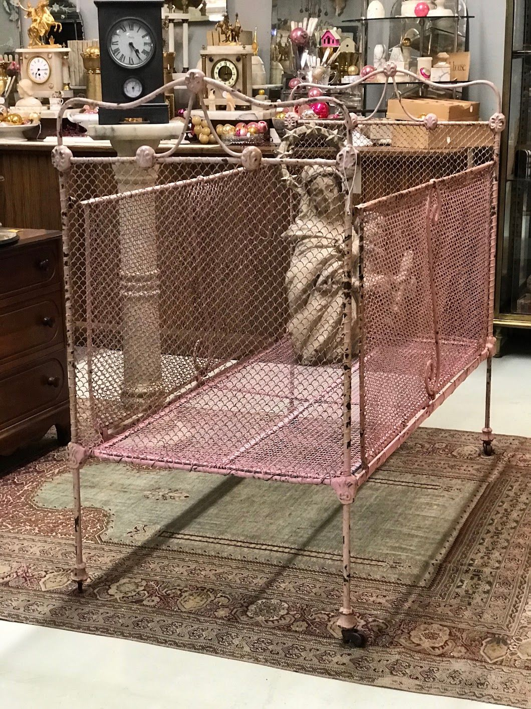 pink victorian iron baby bed 47 wide x 24 deep x 42 high 275