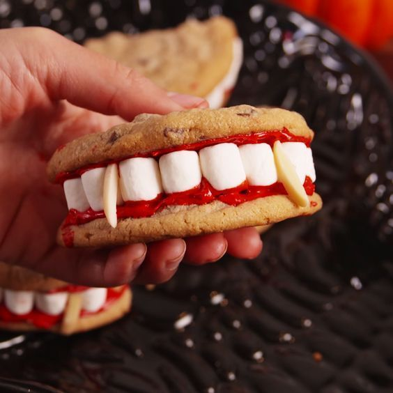 Dracula Dentures Are A Halloween Party MUST