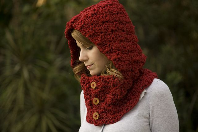 Hooded Cowl Knitting Pattern Free : Hooded cowl with buttons pattern by melissa grice