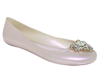 20 Jelly Shoes You'll Fall in Love With  alwaysdolledup.com