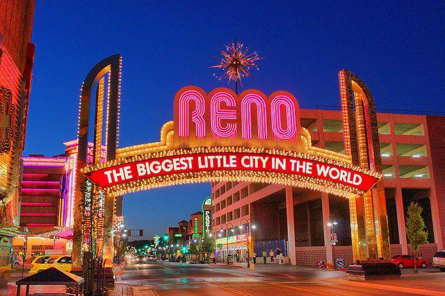 Reno Biggest Little City Main Street Arch Sign Nevada Homes Reno American Road Trip