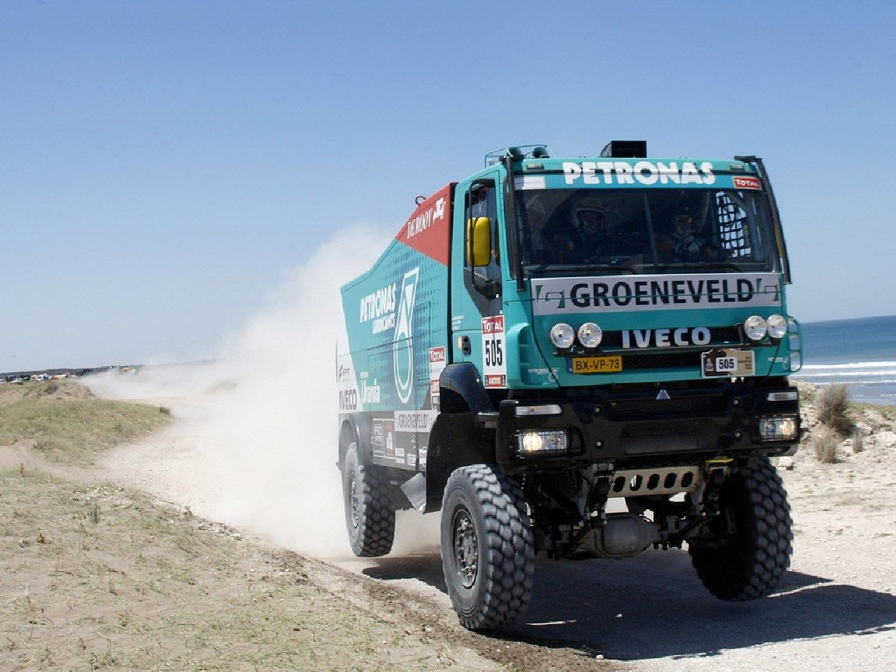 1280x960 Best iveco Monster trucks, Fire engine, Wallpaper