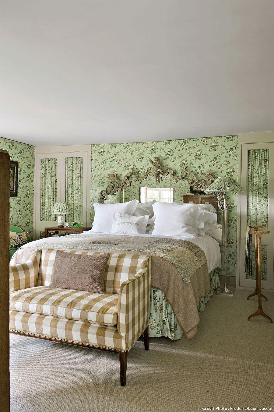 """En Angleterre, un cottage vraiment """"cosy""""  Deco chambre, Maison"""