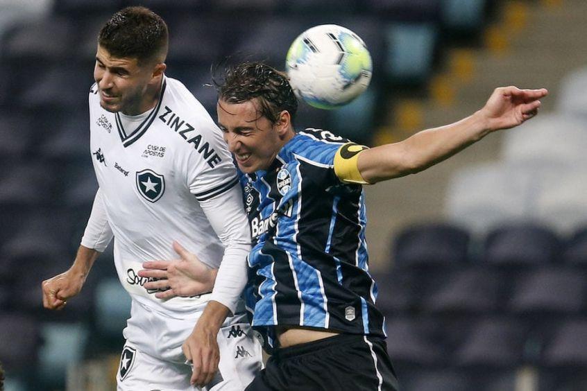 Passividade Custa Caro E Botafogo E Envolvido Em Derrota Para O Gremio Passividade Botafogo Gremio