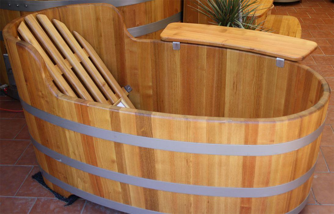 Baignoires En Bois D Acacia Exterieur Ou Interieur Avec Poele A Bois En Inox Spa En Bois Chauffant Bain Nordique Baignoire Bois Spa Bois Baignoire