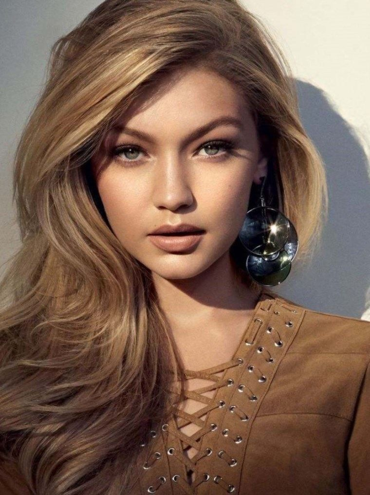 Coupe De Cheveux Boucls Tendance 2017 3 Gigi Hadid For Vogue