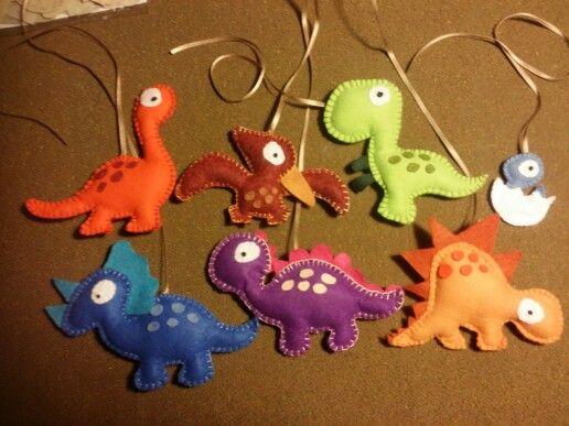 Dinosauri per la giostrina del mio pitu!!☺