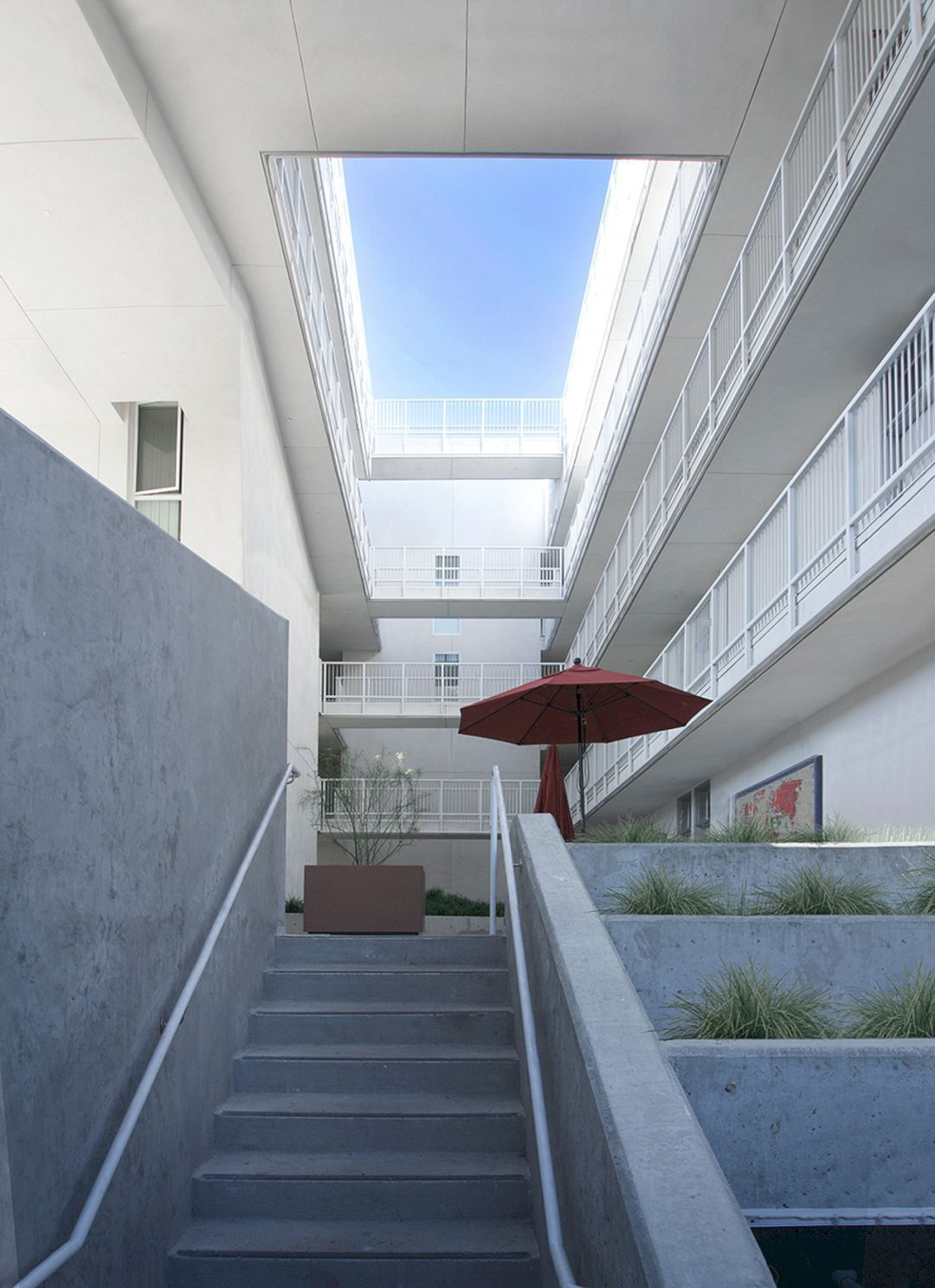 The Six Apartments Affordable Housing With Support Services And Rehabilitation For Disabled Veterans Modern Architecture Building Modern Architecture Veteran Housing