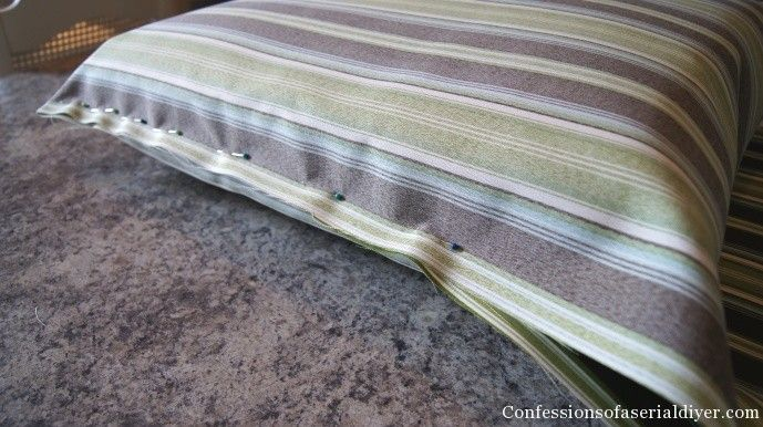 Sew Easy Outdoor Cushion Covers Oldie but Goodie & http://www.confessionsofaserialdiyer.com/sew-easy-outdoor-cushion ... pillowsntoast.com