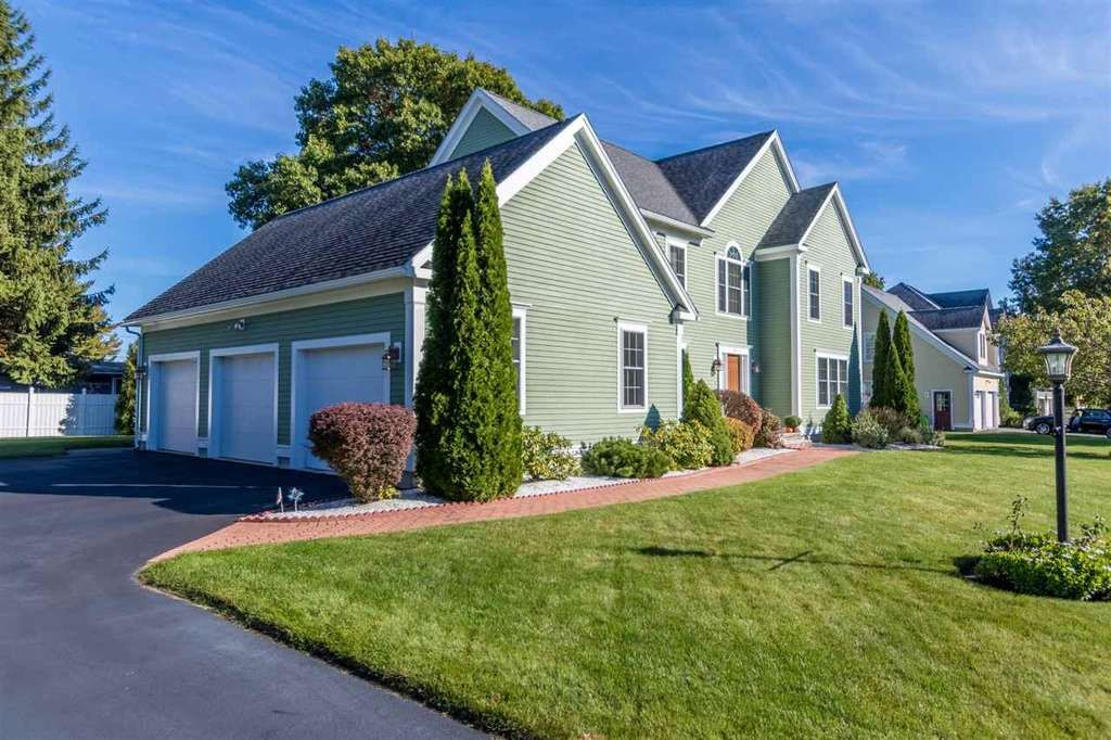 Homes & Land Houses For Sale