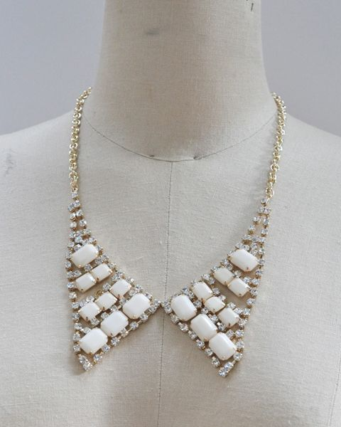 by daisy necklace
