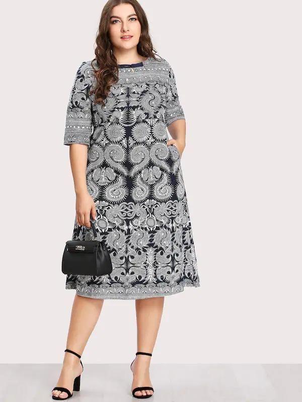 Photo of Plus Paisley Print Keyhole Pocket Dress