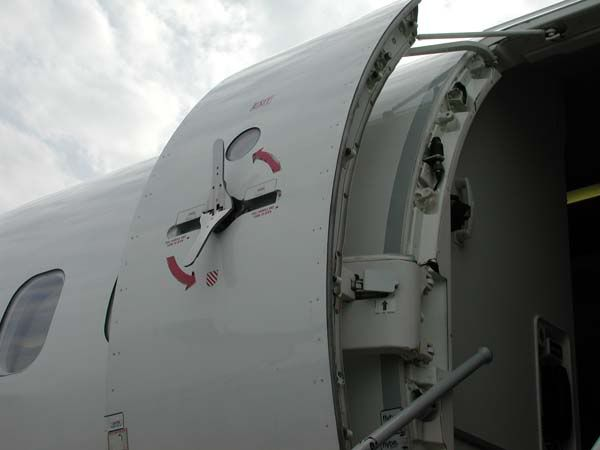 Airplane Door Hinges Buscar Con Google Hardware