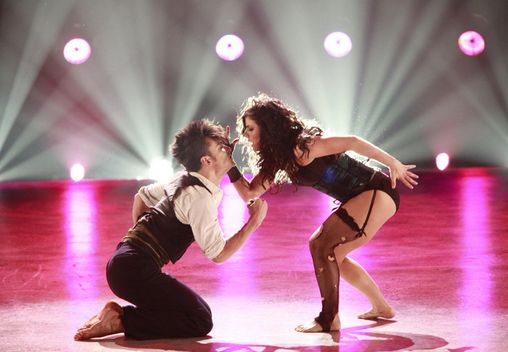 """So You Think You Can Dance. Maybe my all time favorite dance. Ever. Courtney and Mark, Season 4, """"The Garden"""" by Mirah."""