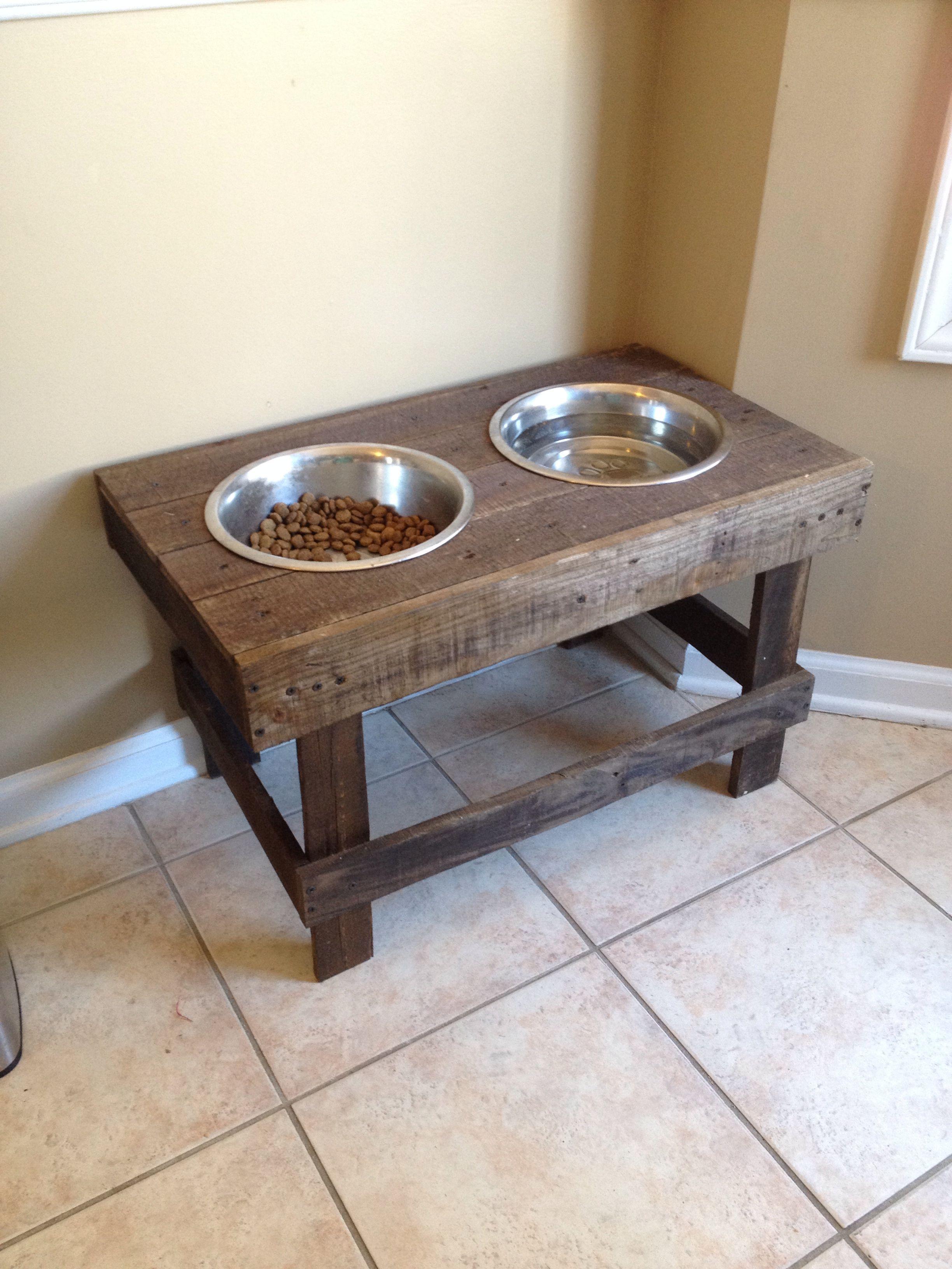 Diy Raised Dog Bowlspet Feeder - Pallet Project - Made
