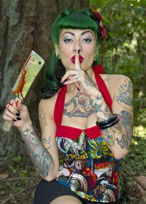 ad5dad0bad0 Psychobilly  rockabilly  pinup  50 s  vintage  horror  b-movie sailor  Monsters print corset top. size  xs