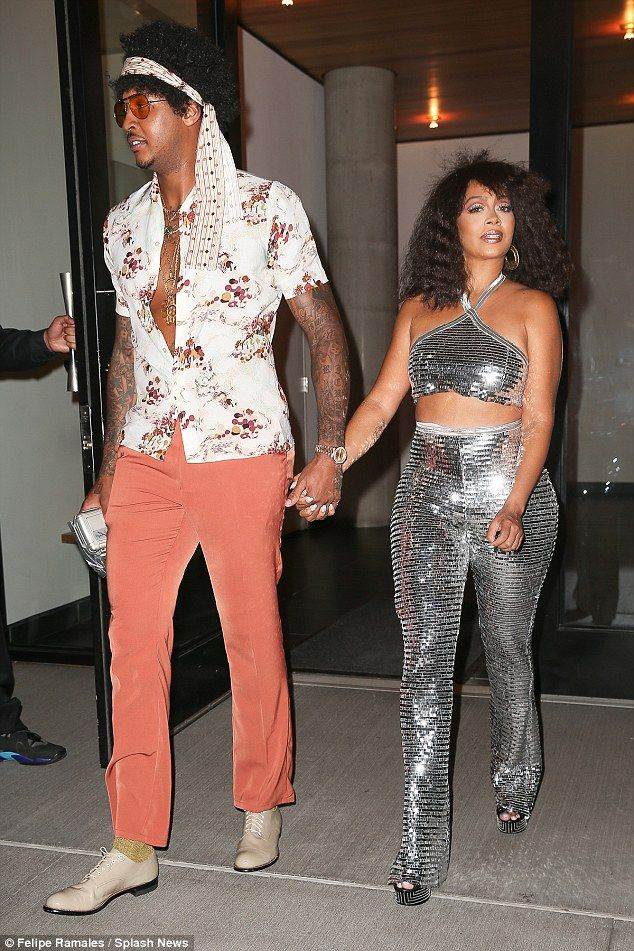 Fancy Dress La Anthony And Carmelo Embraced The Theme