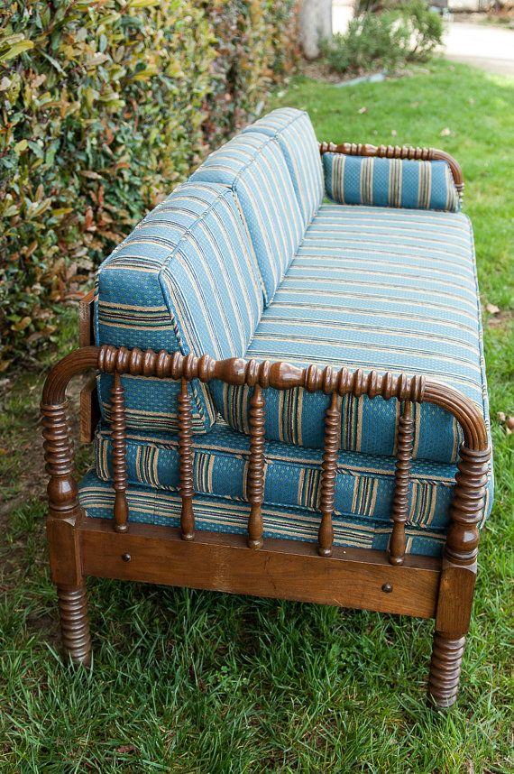 Vintage Spindle Couch Or Daybed By Erinlaneestate On Etsy