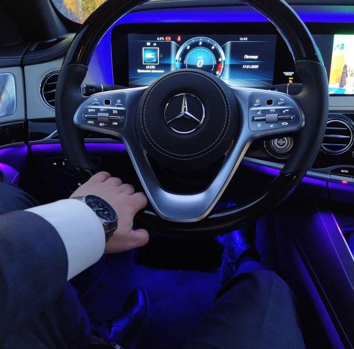 Luxury Chauffeur Services In 2020 Chauffeur Service Chauffeur Car Hire