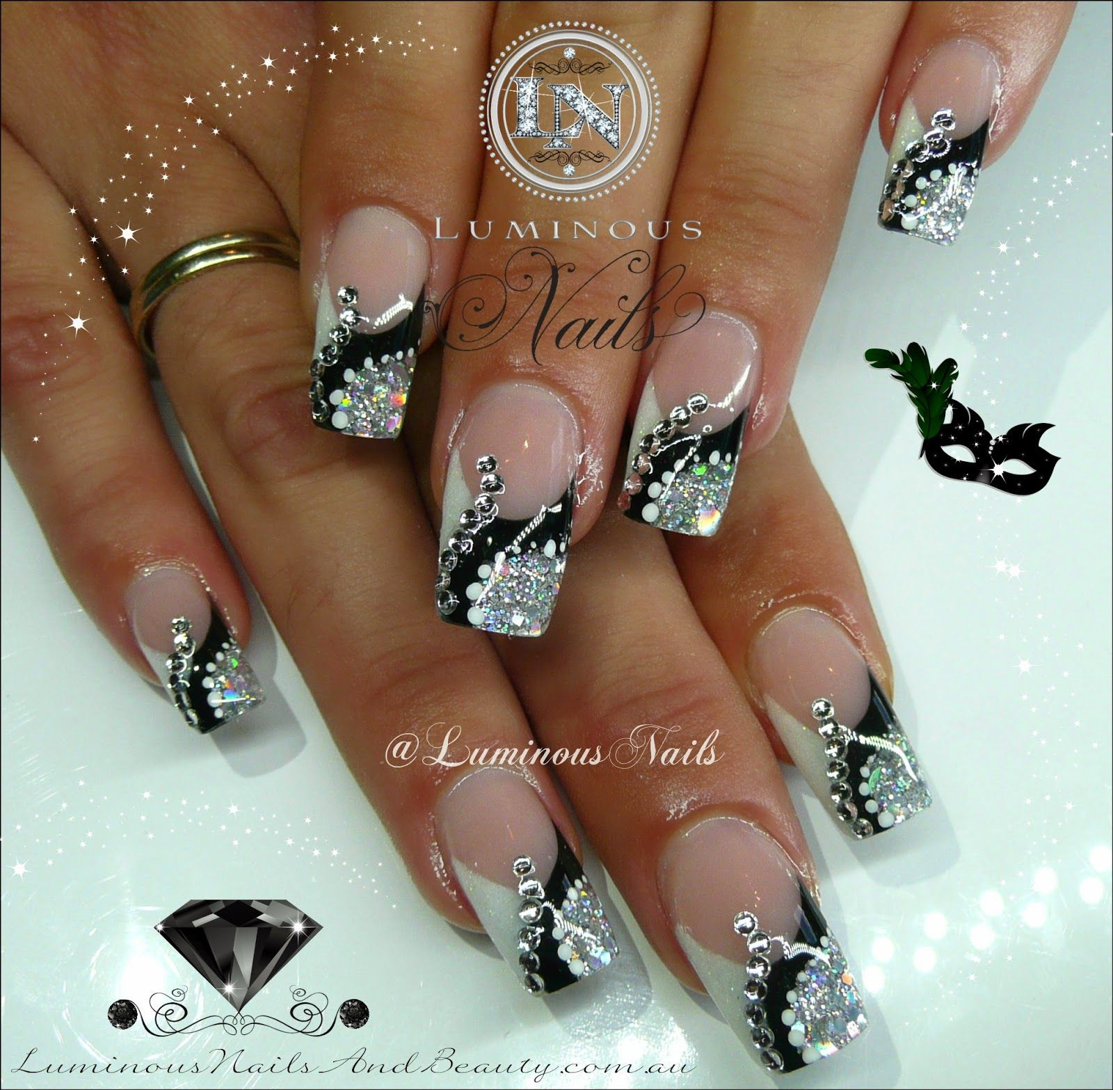 Silver Nail Art Designs: Luminous Nails: Black, Silver & White Nails With Bling