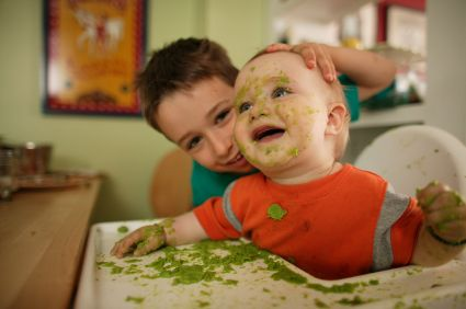 How to Improve Your Child's Eating Behavior At the Dinner Table