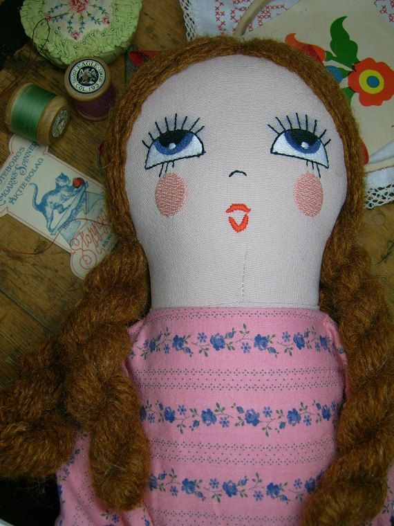 Retro Vintage Style Cloth Doll Face Machine Embroidery Design