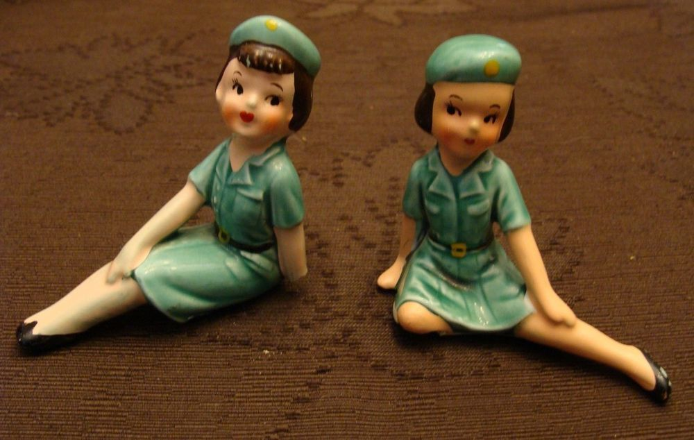 Vintage Green Uniform Girl Scout Figurine Seated 1950s Statue Calico Japan Peace Out Girl