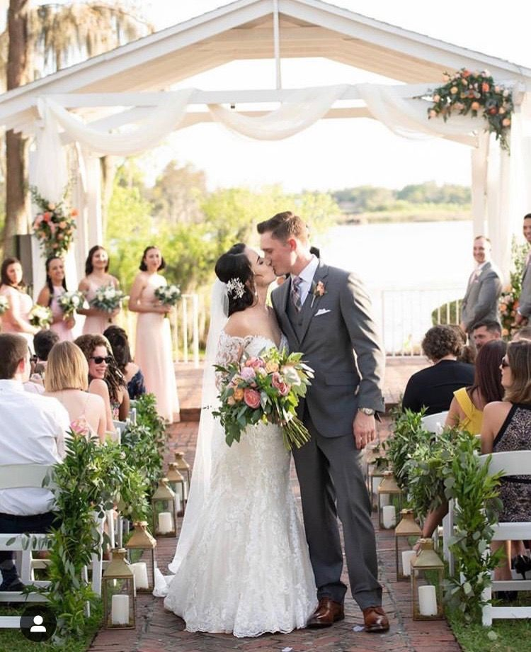 Pin By Alexandra Taidi On Wedding Bridesmaid Dresses Wedding Wedding Dresses