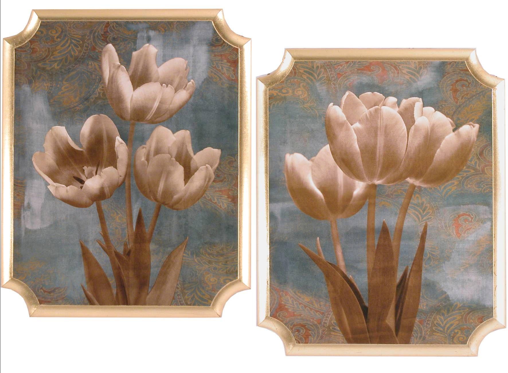I quadri in legno con esterno dorato a foglia e raffiguranti ...
