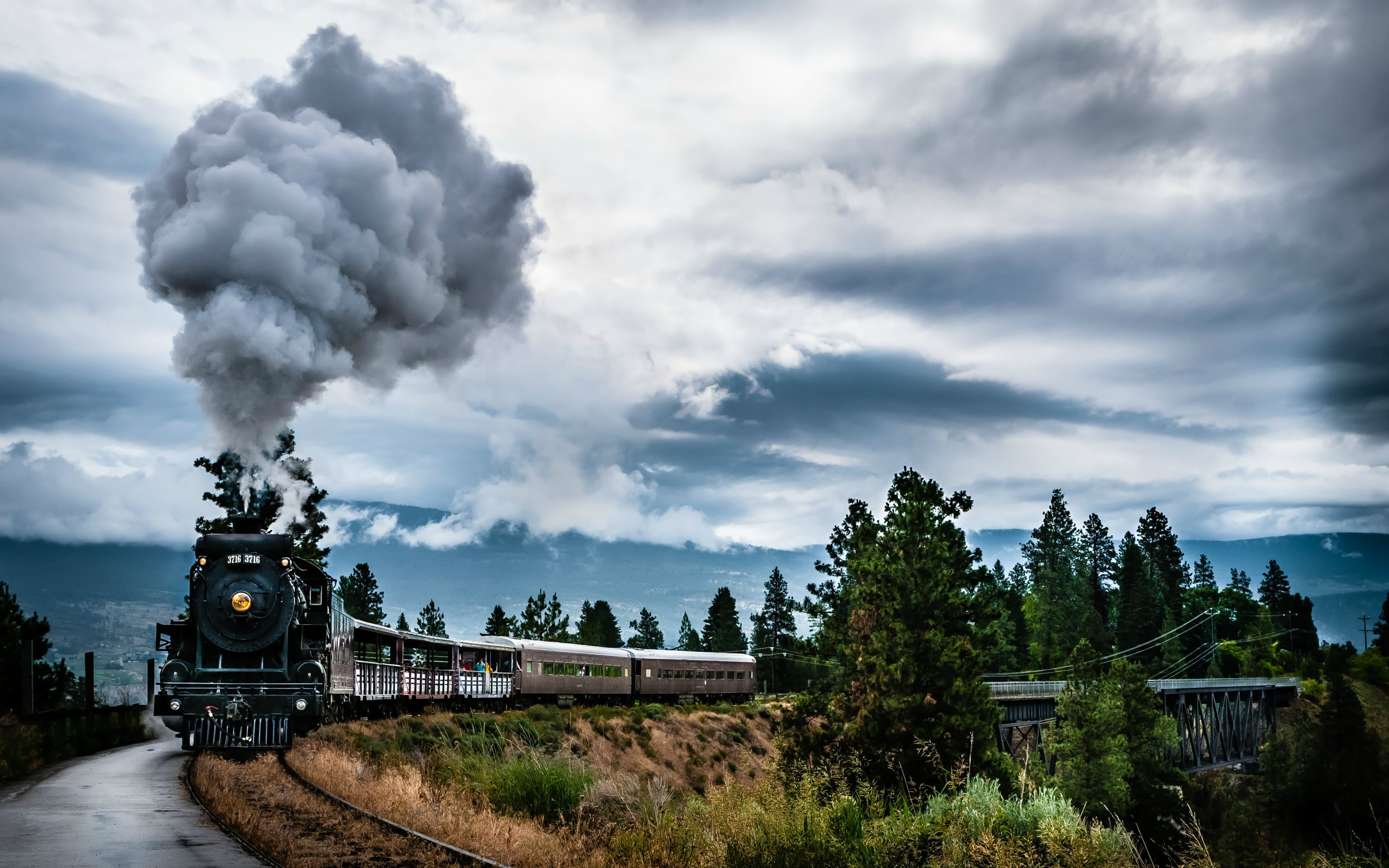 28 Ultra Hd 4k Wallpapers Train Wallpaper Train Scenery