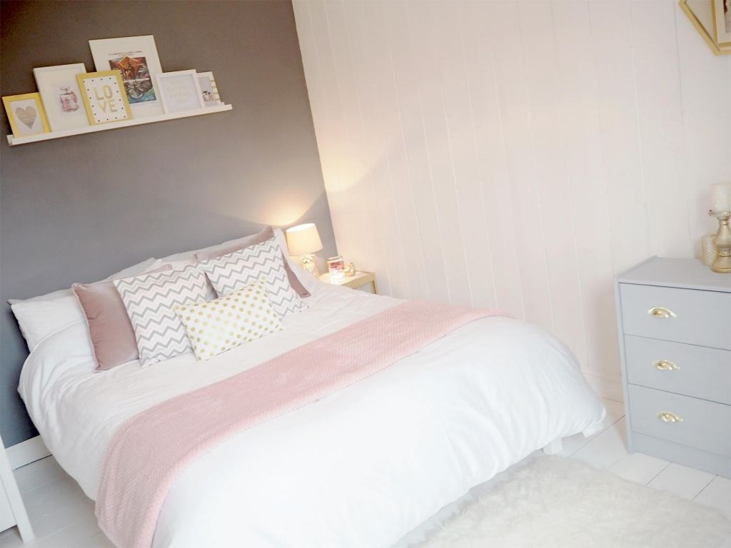 c2a2df02ee3 Dusky Pink Bedroom pink   grey bedroom makeover bang on style ...