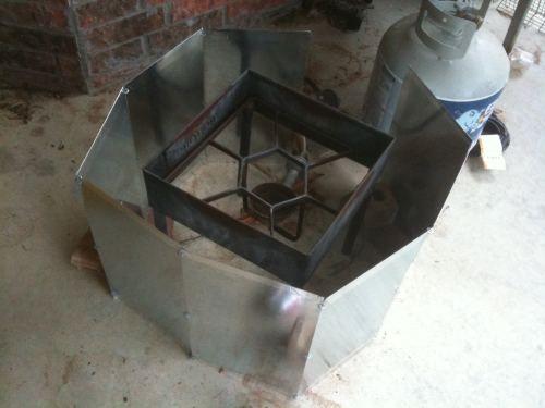 DIY Dutch Oven Windscreen | OldeRascal.com