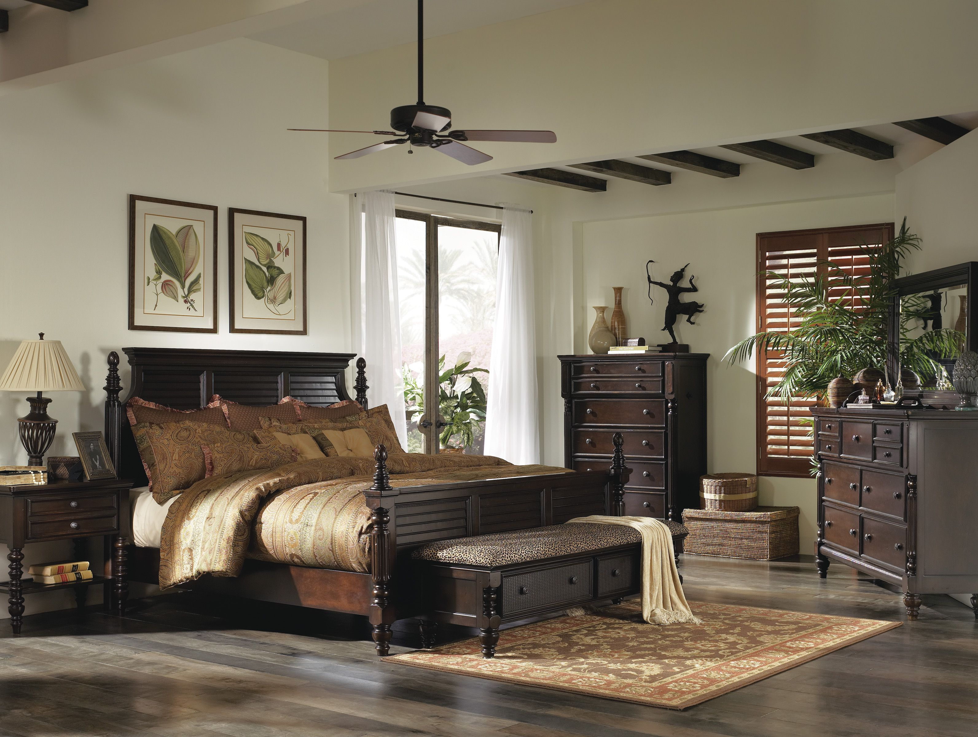 Superior Ashley Key Town Panel Bedroom Set In Dark Brown
