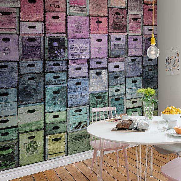 Trompe loeil en décoration papier pent caisses en bois
