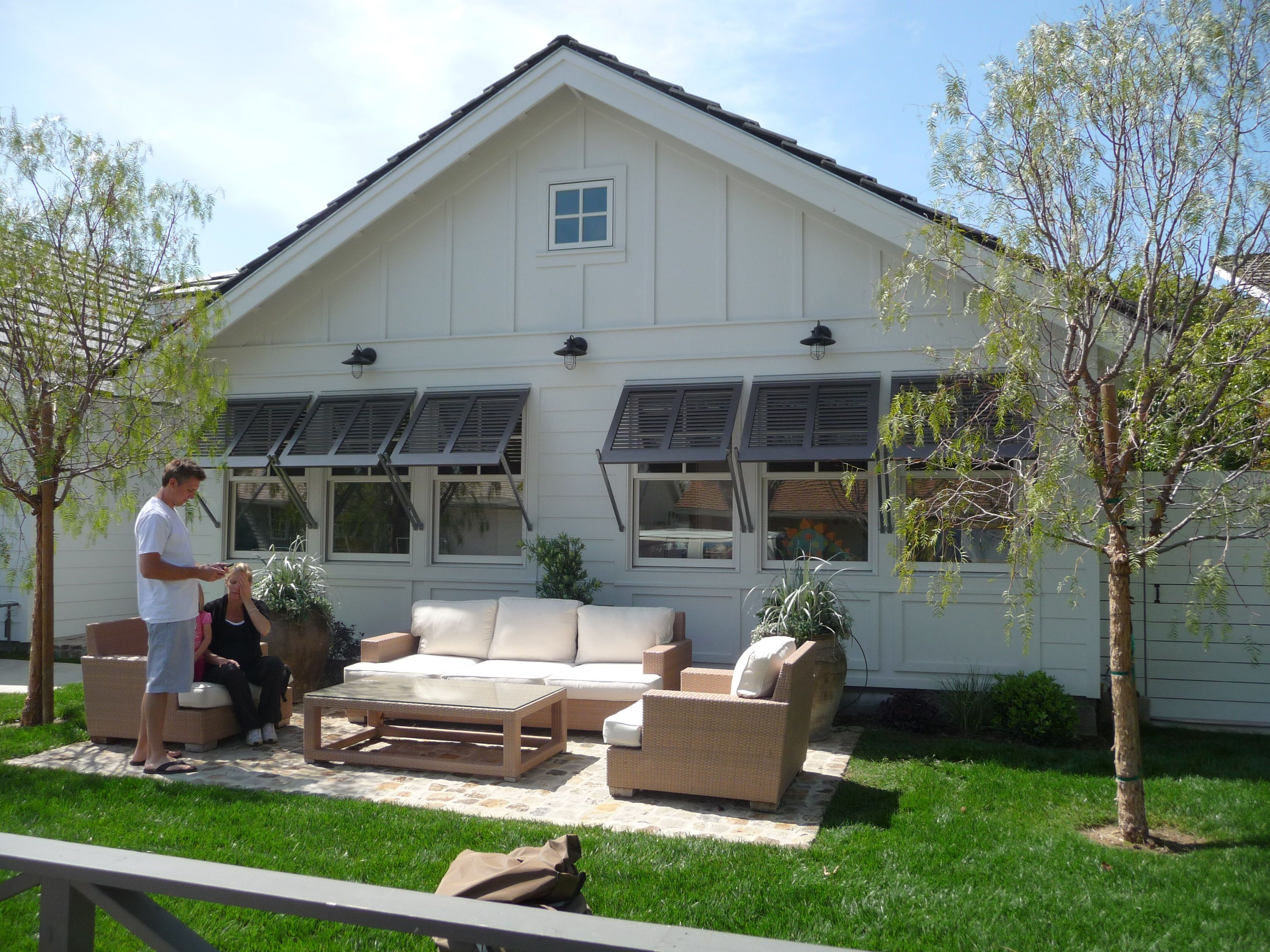Improvement of the summer cottage with their own hands (photo) 71