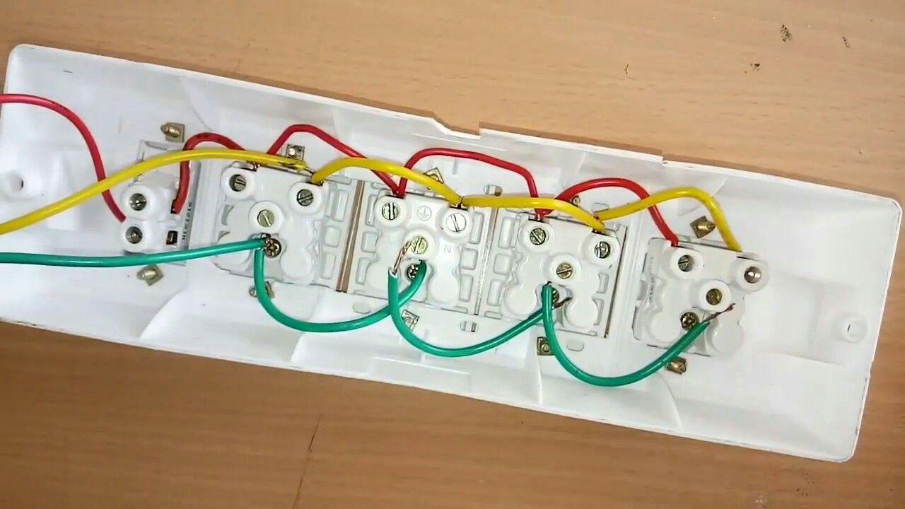 Extension Bord Diagram Design Wire Sockets