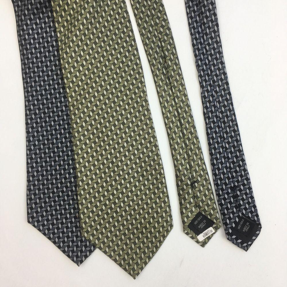 Jos. A. Bank Tie Lot of 2 neck ties geometric Green Blue