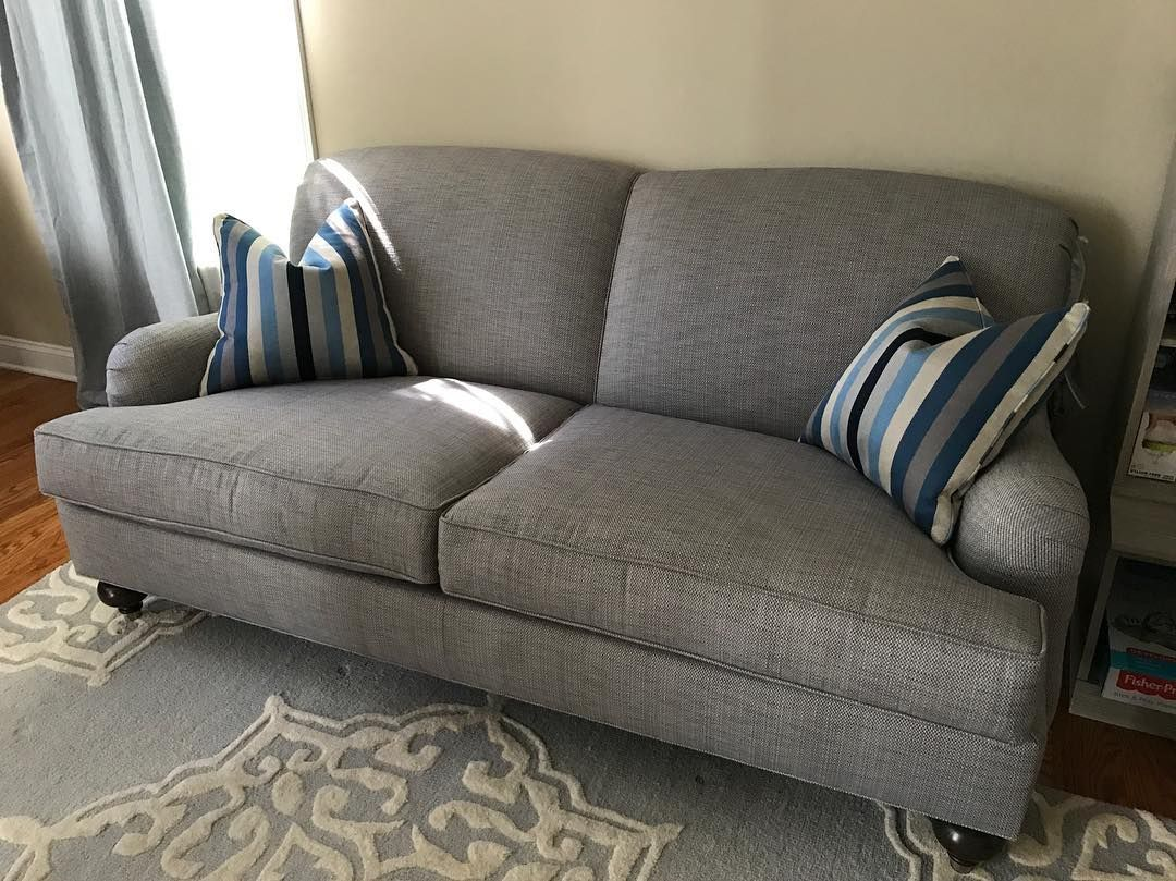 Ethan Allen Oxford Sofa 76 Length