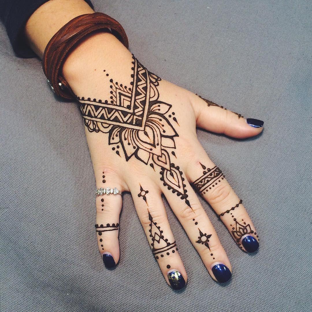 Pin by Tamuna Nebieridze on Tattoo ideas Pinterest Hennas