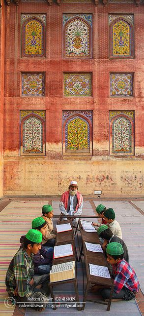"The ""Wazir Khan"" Mosque- Children taking Quran lessons."