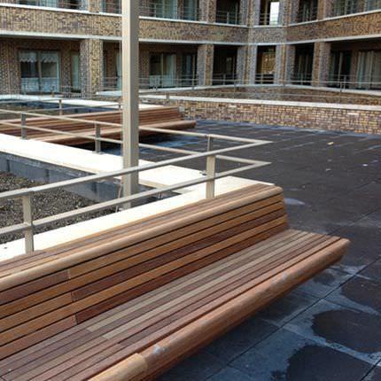 Park Bank / Modern / Holz / Aus Beton CLIFFHANGER Streetlife