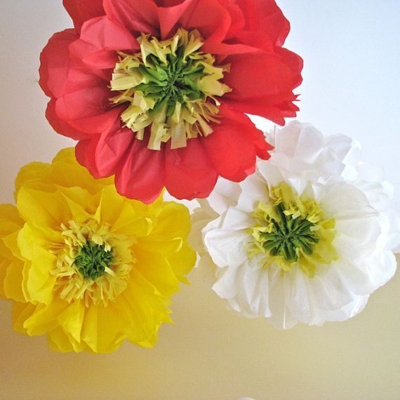POPPY LOVE. 5 Giant Paper Flowers, party decorations, baby bridal ...