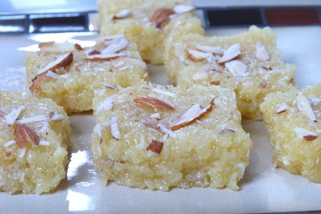 Kopra Pak Recipe Gujarati Topra Pak Spice Up The Curry Recipe Burfi Recipe Coconut Burfi Recipes