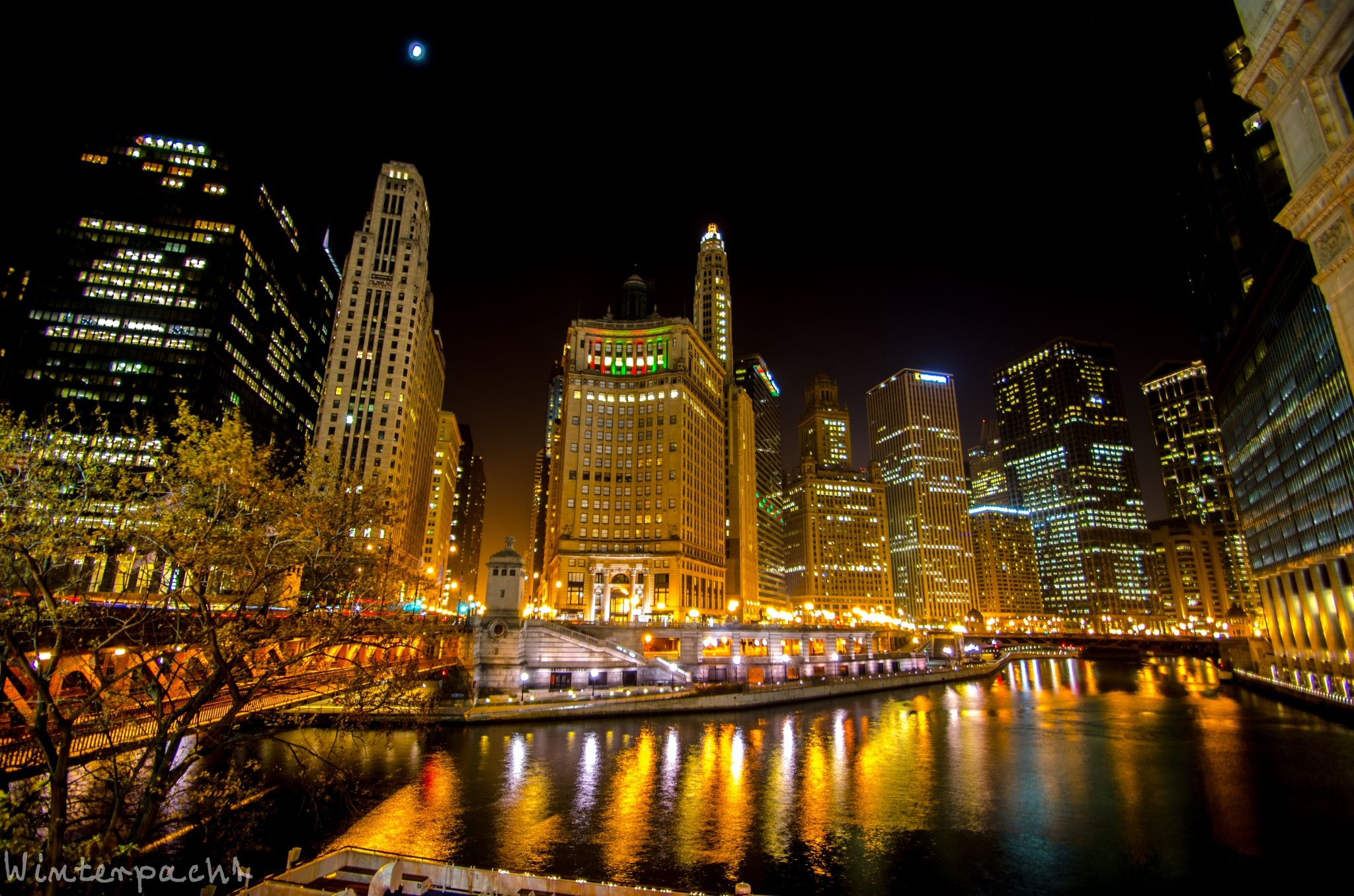 Photograph Chicago River by Raf Winterpacht on 500px