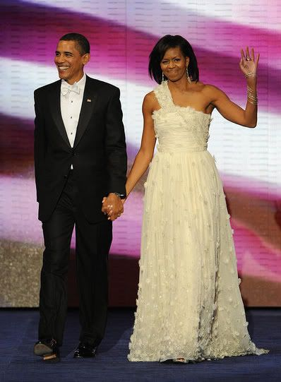 Michelle Obama Wears Jason Wu To The Inaugural Balls | Red Carpet Fashion Awards