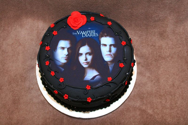 Vampire Diaries Cake Birthday Pinterest Cake Birthday Cakes