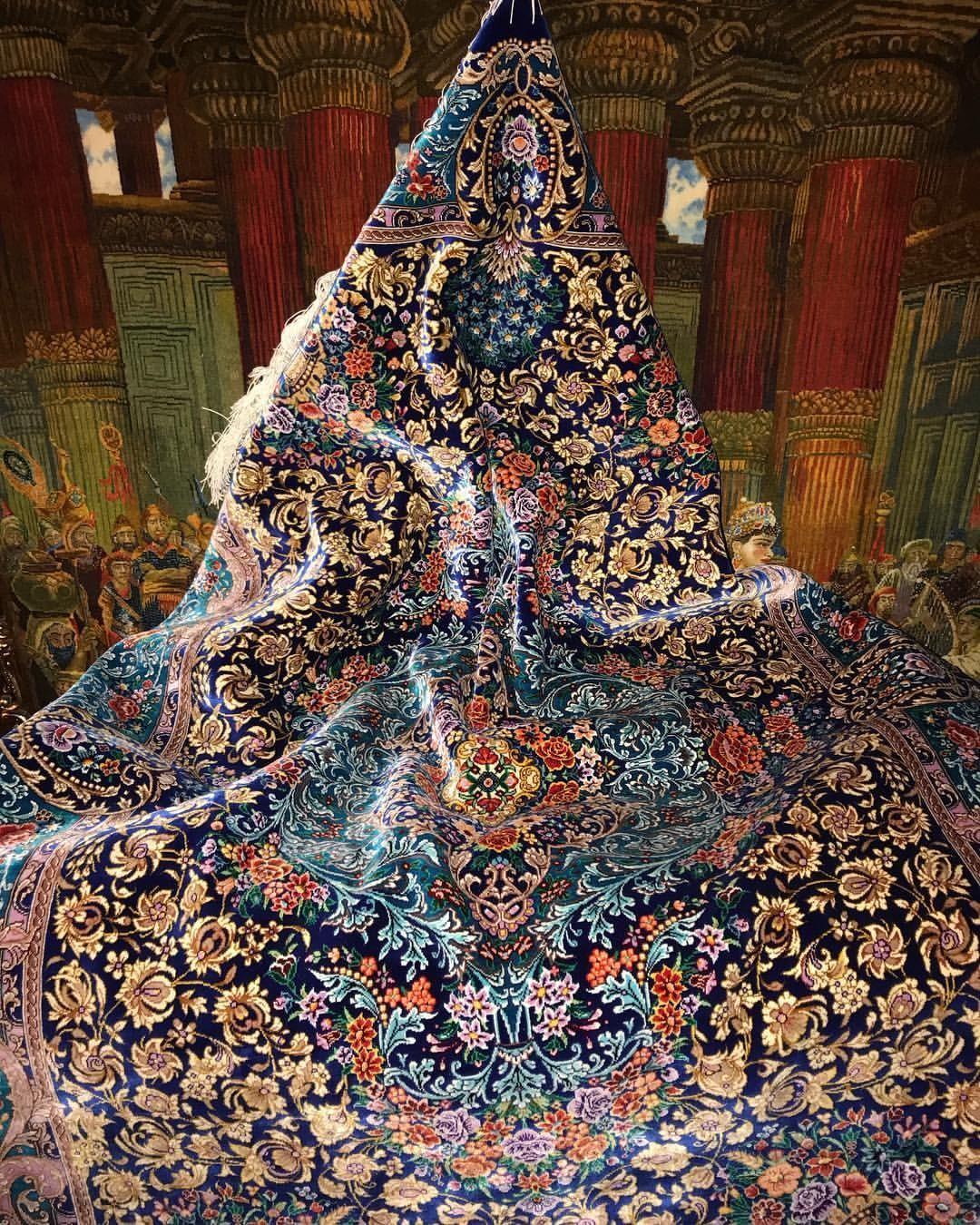 Iranian Silk Carpet Art هنر نمائى فرش ابريشم ايران Iranian Art Carpet Iranian Irania Iranian Carpet Silk Carpet Rugs On Carpet
