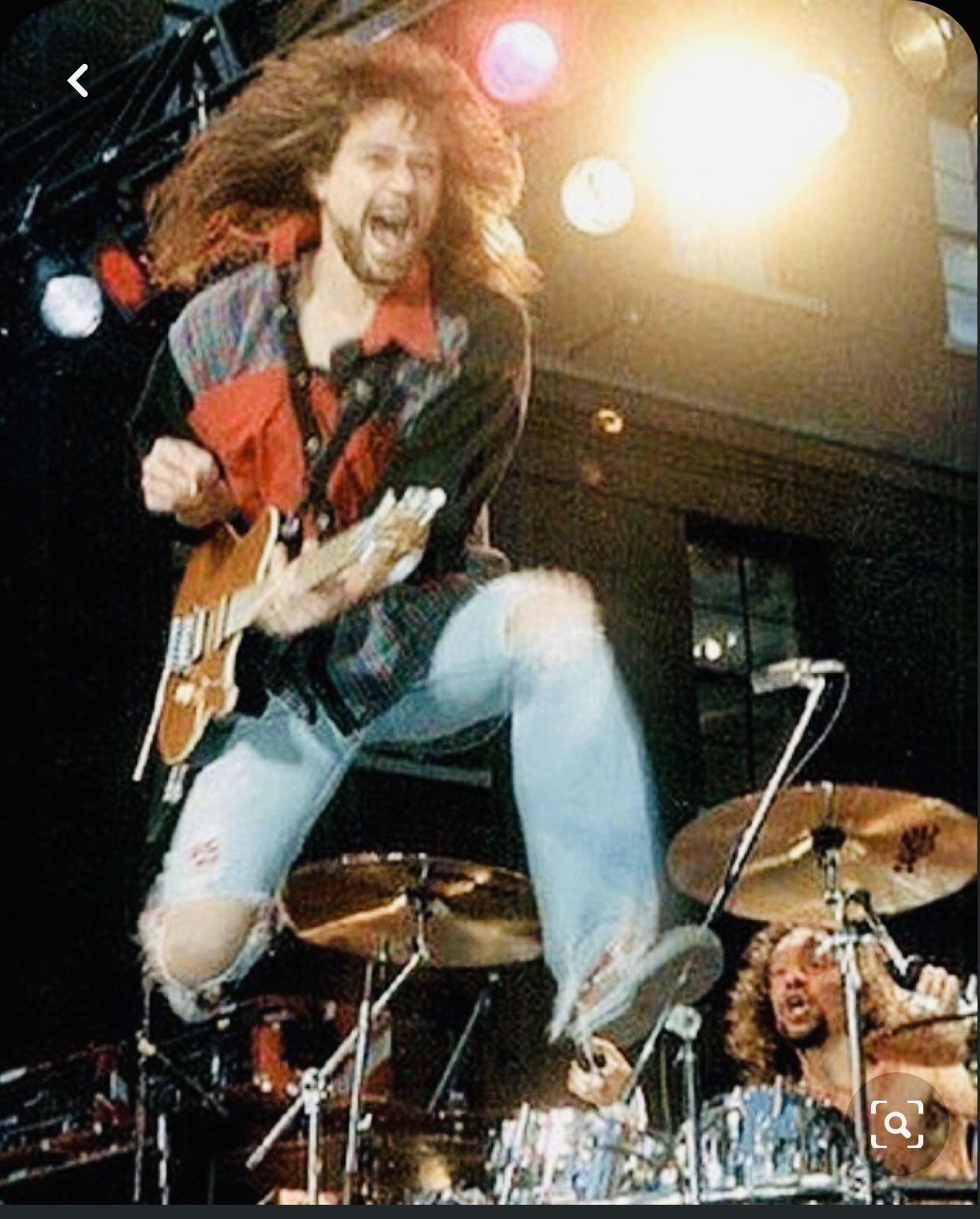 Pin By Kobchai Chirachanchai On Music Van Halen Eddie Van Halen Dallas Show