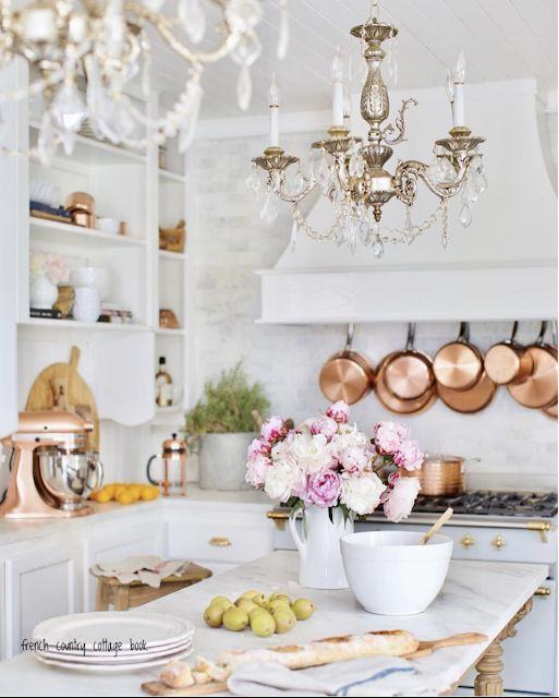 Photo of Get the Look- 4 vintage style French Country Kitchen Chandeliers