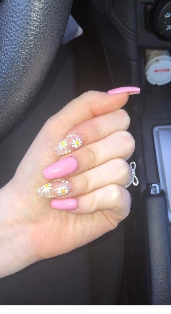 Pin By Nkv On Acrylic Nails Sunflower Nails Cute Acrylic Nails